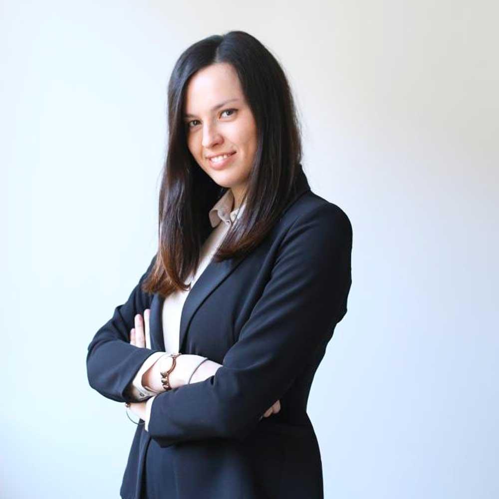 L'avvocato Martina Brambilla collabora con SGHS Law Firm in ambito di contenzioni civili, sinistri stradali e diritto di Famiglia.